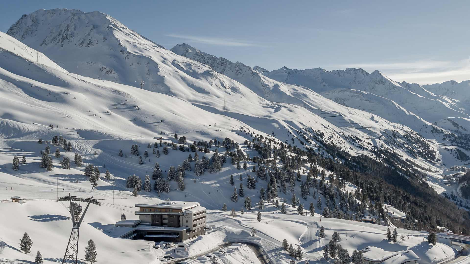 Ski-in und Ski-out in Hochgurgl - one of the most beautiful hotel villages in Tyrol