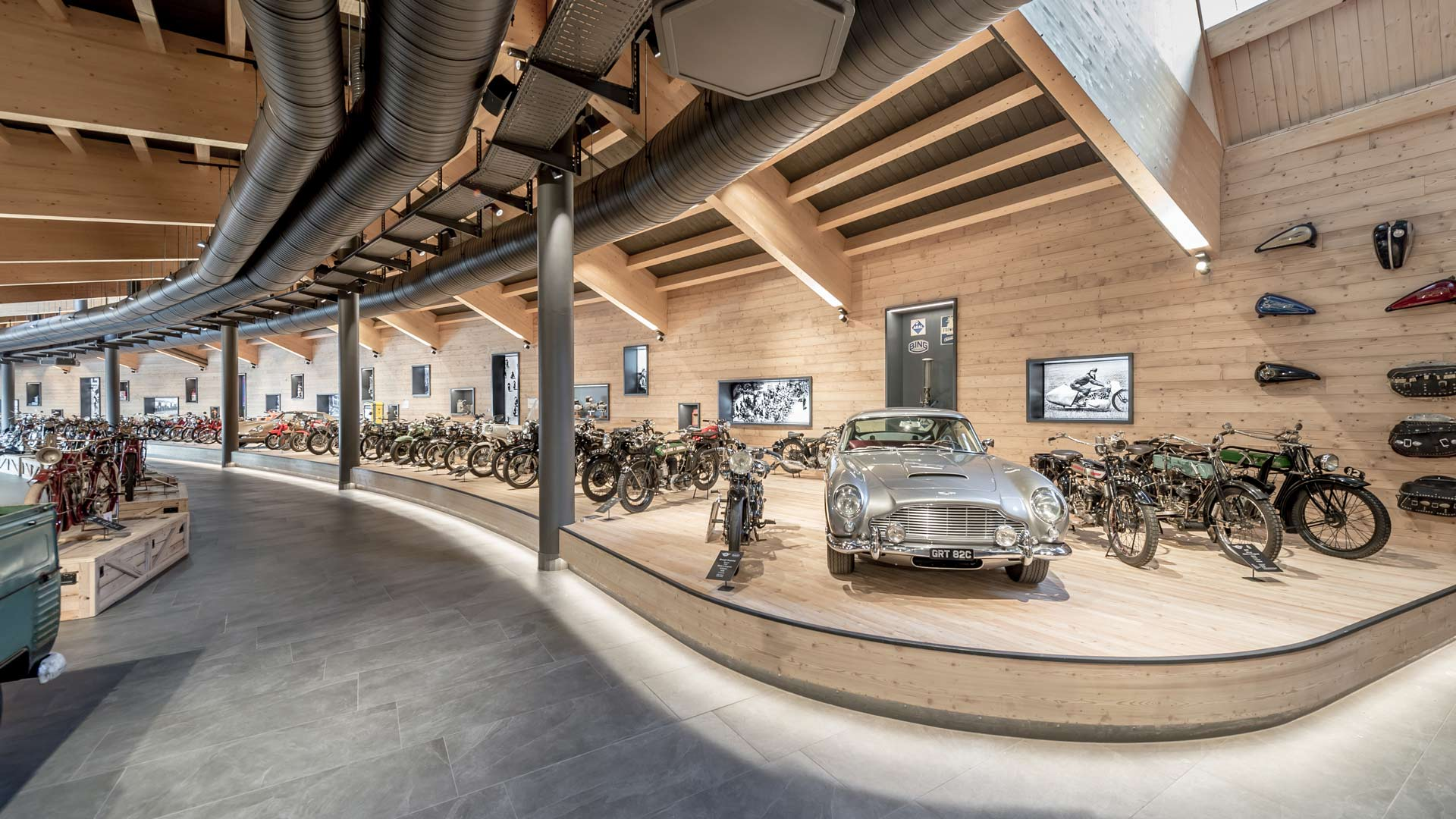 Top Mountain Motor Cycle Museum - Crosspoint Hochgurgl